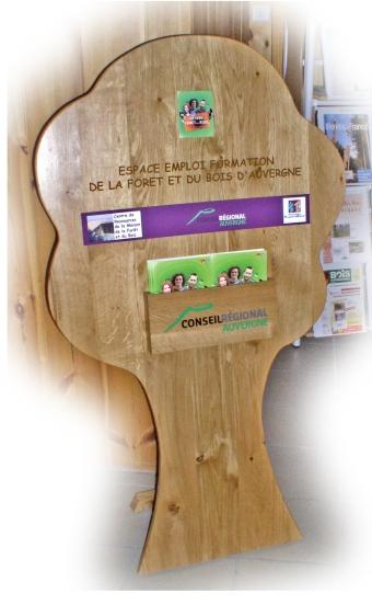 Un espace emploi formation maison de la for t et du bois for Emploi espace